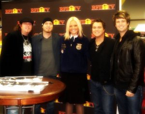 Eli Young Band visits trade show at 2009 National FFA Convention